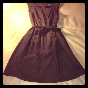 Gray Sleeveless A-line Belted dress w Pockets
